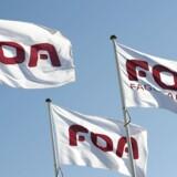 I FOA får mænd i gennemsnit 2523 kroner mere om måneden end kvinder.