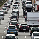 Salget af biler steg otte procent i 2016 og blev som ventet rekordhøjt. 222.500 nye biler blev solgt. (Arkivfoto)