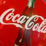 Ifølge nyhedsbureauet har Coca-Cola succes med at flytte fokus væk fra at styrke slagsvolumenerne til i stedet at løfte indtjeningen.