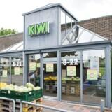 Kiwi har 103 butikker i hele landet - 30 af demlaves om til Spar eller Meny.