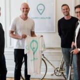 Holdet bag den rengøringstjenesten Happy Helper sammen med erhvervsminister Brian Mikkelsen. Fra venstre: Mathias Ovdal (programmør), Dennis Forchhammer, Jesper Brok-Jørgensen (head of marketing) og erhvervsminister Brian Mikkelsen.