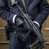 e ansatte i politiet har igennem flere år båret rundt på en stor afspadseringspukkel, fordi en række særindsatser har krævet ekstraordinært mange mandetimer.