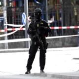 Politi afspærrer område ved Tivoli efter skyderi fredag d. 2 juni 2017.