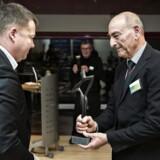 Årets dansker 2015 blev afdøde Dan Uzan. Hans far, Sergeot Uzan modtog prisen fra ansvarshavende chefredaktør Tom Jensen.