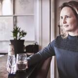 »Vores vand skal sælges i stedet for den karaffel med postevand, der alligevel koster penge,« siger Britt Bach Pedersen fra Carlsberg.