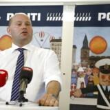 Justitsminister Søren Pape Poulsen præsenterer flere nye tiltag, der skal styrke indsatsen mod bander på et pressemøde fredag d. 11. august 2017 hos politiet i København Nordøst. (Foto: Nikolai Linares/Scanpix 2017)