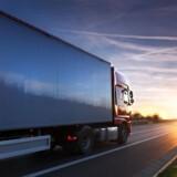 Finns chauffører fortæller, at tolderne i Østeuropa vil have »smørelse« for at lade lastbilerne passere.