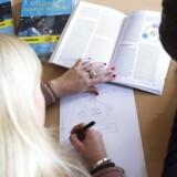 Jagten på de bedste karakterer er spil af tid, for kun seks procent af offentlige og private virksomheder mener, at de studerende skal gå efter høje karakterer for at forbedre jobchancer, viser analyse.. (Foto: David Leth Williams/Scanpix 2016)