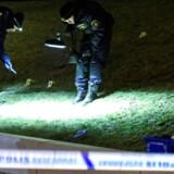Arkivfoto: 12. januar 2017 blev en 16-årig dreng skudt og dræbt nær et bustoppested i Rosengard-kvarteret, Malmø. I alt har der været 34 skudepisoder i byen siden nytår.