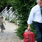 Udenrigsministeriet vil ikke råde integrationsminister Birthe Rønn Hornbech til at pakke kufferterne og rejse til Irak.