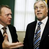Mens statsminister Lars Løkke Rasmussen satser på et godt resultat på COP15, kipper hans tidligere finansminister, Thor Pedersen, med det klimaskeptiske flag.