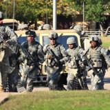 Soldater stormer Fort Hood for at pågribe major Nidal Malik Hasan, der skød 12 mennesker og sårede 31 på Fort Hood-basen i Killeen, Texas,