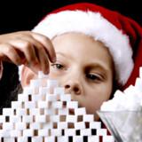 Gennemsnitligt spiser hvert dansk barn det, der svarer til 342 sukkerknalder i julen.