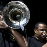 Big band-jazz og karnevalsmusik gik op i en højere enhed da brasilianske Spokfrevo åbnede jazzfestivalen.