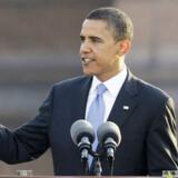 Barack Obama på talerstolen i Berlin.