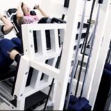 Gymnastik og styrke-træning for KOL-patienter. Alene på de københavnske hospitaler optager patienterne hvert år ca. 20.000 sengedage.