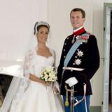 Ifølge Se og Hør måtte dronning Margrethe ryge udendørs under den royale bryllupsmiddag.