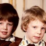 1975: Kronprins Frederik og prins Joachim.