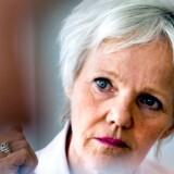 Der er for få kvinder i kommunalpolitik, mener ligestillingsminister Karen Jespersen (V).