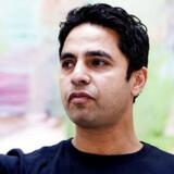 Den 40-årige Manu Sareen er forfatter til to debatbøger og to børnebøger. Foto: Rene Evensen