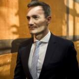 Erhvervsminister Rasmus Jarlov (K) og justitsminister Søren Pape Poulsen (K) opfordres af både eksperter og opposition til at fokusere mere på kontrol og mindre på bødestørrelser i forhold til hvidvask.