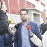 Sverigedemokraterna med partileder Jimmie Åkesson i spidsen mødtes kl. 10 mandag formiddag for at drøfte valgresultatet. Det samme gjorde Socialdemokraterne, mens partierne i den borgerlige Allianse angiveligt mødes kl. 13.