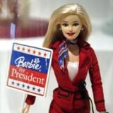 Måske kan vi se frem til en »Barbie The Movie« i fremtiden, hvis Mattel Inc. slår igennem i Hollywood med de blonde dukker. Arkivfoto.
