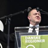 Danske Regioner holdt torsdag deres generalforsamling i Centralværkstedet i Aarhus. Her ses statsminister Lars Løkke Rasmussen holde sin tale, her vifter han med regionernes resultater , som han var glad for