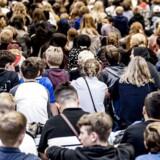 Cirka en femtedel af piger med ikke-vestlig baggrund må ikke ses med drengevenner i deres fritid. Foto: Mads Claus Rasmussen/Scanpix 2017