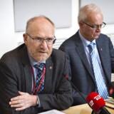 Statsrevisorerne udtaler kritik af Skats regnskab. Her ses formand for Statsrevisorerne Peder Larsen (SF) og statsrevisor Henrik Thorup (DF) (arkivfoto).