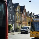På Webersgade i København ligger nogle af kommunens godt 22.500 boliger, der er stærkt belastet af støj fra trafikken. Over de næste fem år vil kommunen arbejde for at begrænse støjen blandt andet med støjreducerende asfalt og lavere hastigheder på udvalgte veje.