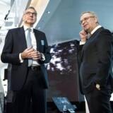 Claus V. Hemmingsen (t.v.) og Søren Skou (t.h.), henholdsvis vice-direktør og adm. direktør i A.P. Møller - Mærsk, har forsøgt at sælge Maersk Drilling til en industriel køber, men ingen vil give prisen for selskabet.