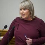 »Det viser sig jo, at når vi lægger skærmydslerne til side, så er der ting, vi er enige med Dansk Folkeparti om,« siger Liberal Alliances Christina Egelund, der maner til forsoning de to partier imellem.