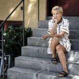 Ane Cortzen, 43, er uddannet arkitekt og grafisk designer. Hun har arbejdet som designchef, været TV-vært på bl.a. programmet TV!TV!TV! på DR. Er nu kulturchef i Kähler-koncernen. Gift og mor til tre.