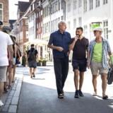 Hannibal Holt, Søren Rud og Svend Hugo Madsen mener, at det er på tide at regulere antallet af turister i den gamle middelalderby i København.