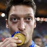 Mesut Özil anklager i forbindelse med sit landsholdsstop præsidenten for det tyske fodboldforbund for racisme.