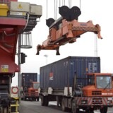 Blandt andet eksporten er ikke tilbage i samme form, som hvis finanskrisen ikke havde ramt os. Arkivfoto Aalborg Havn.