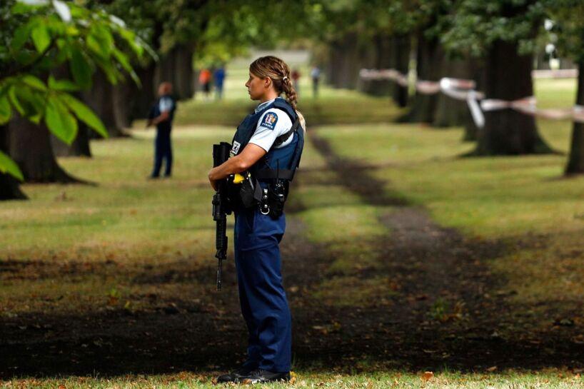 Nz Gun Laws Image: Premierminister Vil ændre Våbenlov Efter Angreb I New Zealand