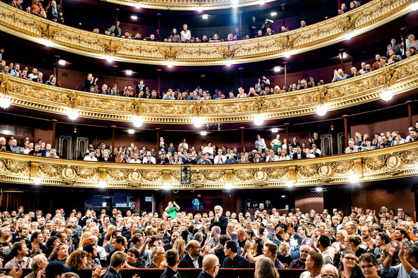 Moderne teatergængere er stadig på »suttestadiet«