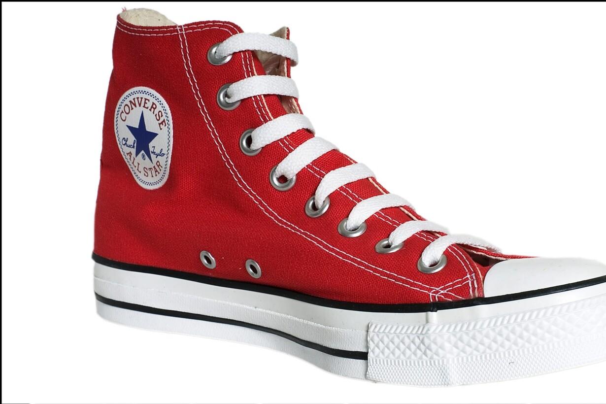 7ef75aee5d210c Butikker undgår erstatning for salg af falske Converse-sko