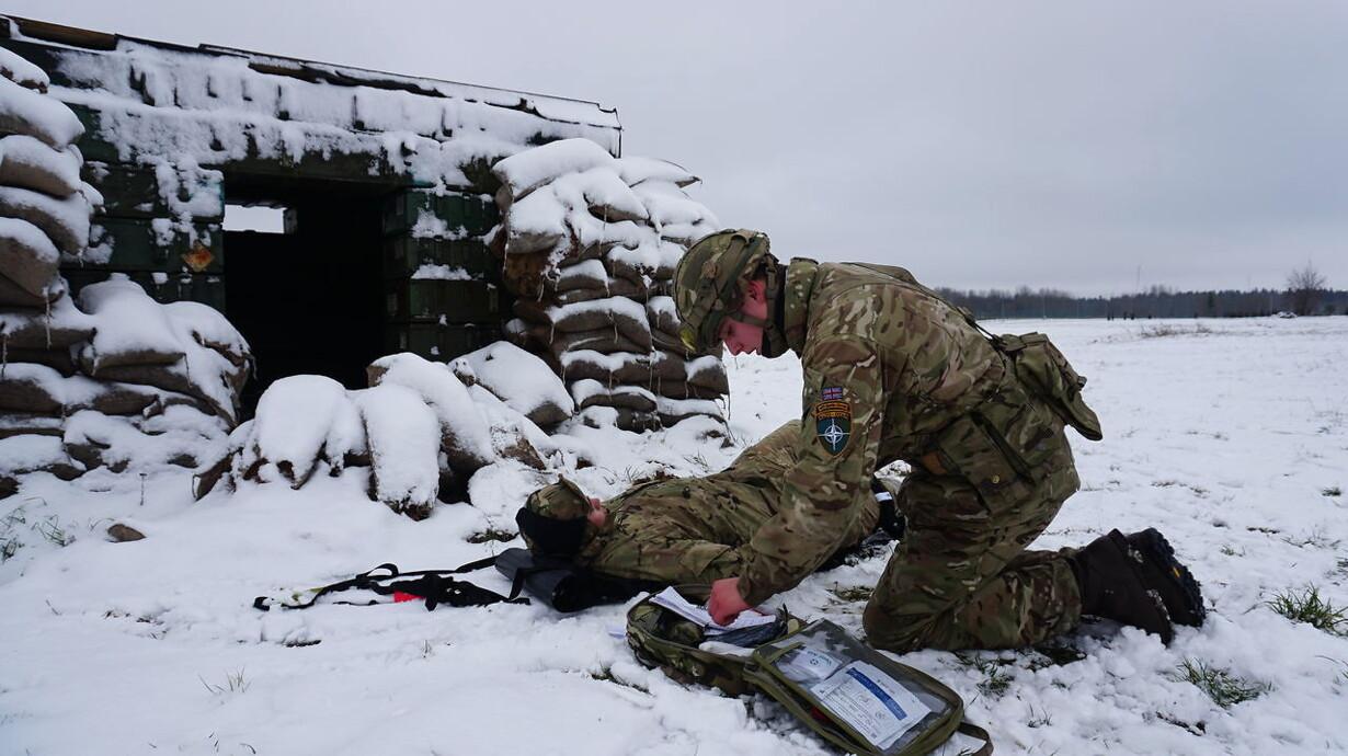 01eb1e16 Når mobilen taler med fjenden: Danske soldater forbereder sig på digital  beskydning i Estland