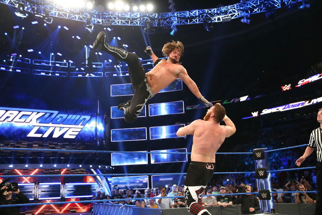 Wwe wrestlers dør hinanden