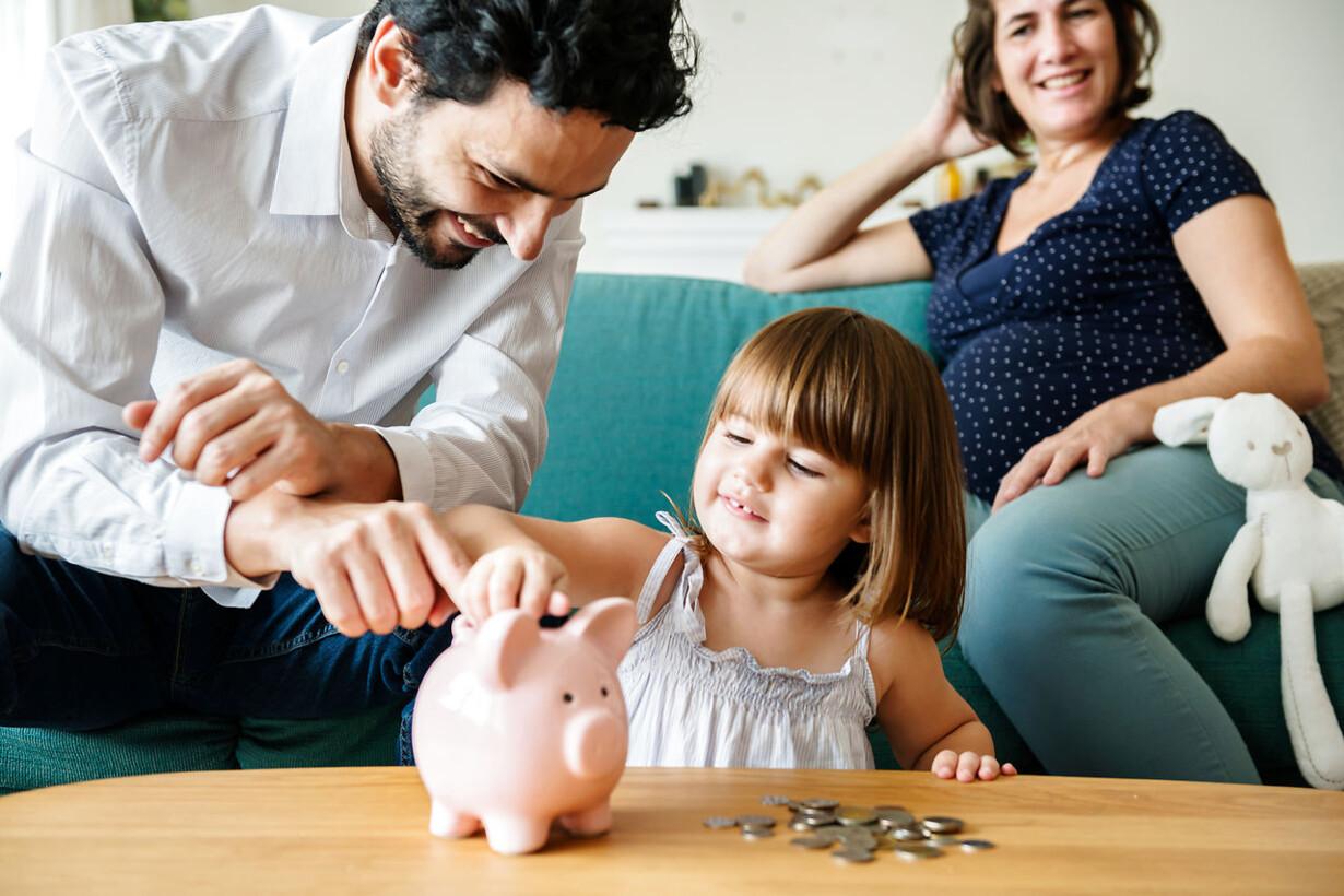 3fc9616e Sidste år blev det muligt at indbetale dobbelt så meget på børneopsparinger  om året, ligesom den samlede beløbsgrænse blev hævet, så man kan give sine  børn ...