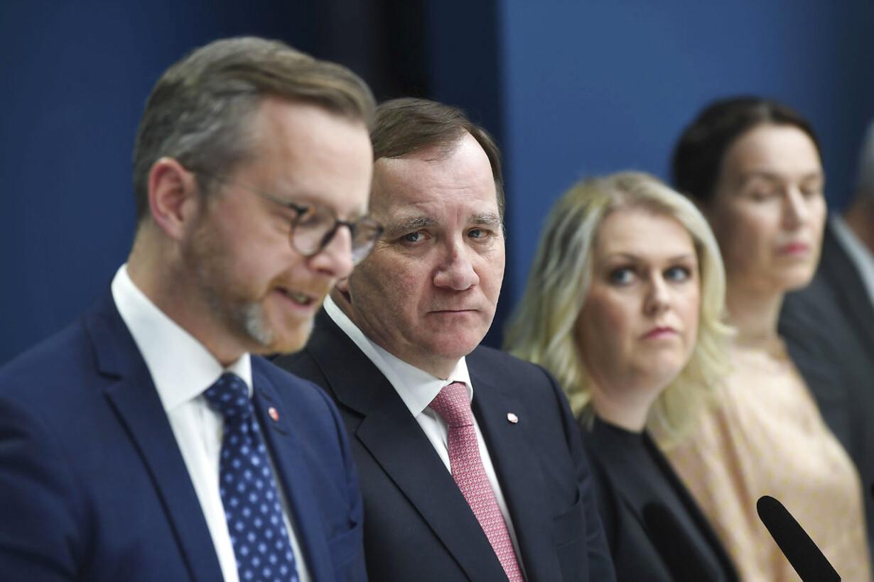 Sverige Forbyder Forsamlinger Pa Mere End 500 Personer
