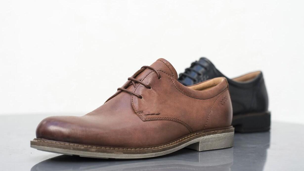 8abd2d36 Business-folket foretrækker fysiske skobutikker