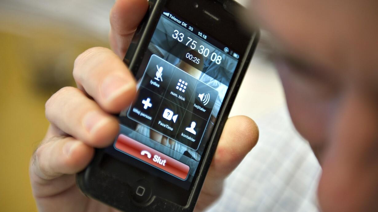 95ebfe2fd632 Det kan være en dyr fornøjelse at bruge mobilen til samtaler og data