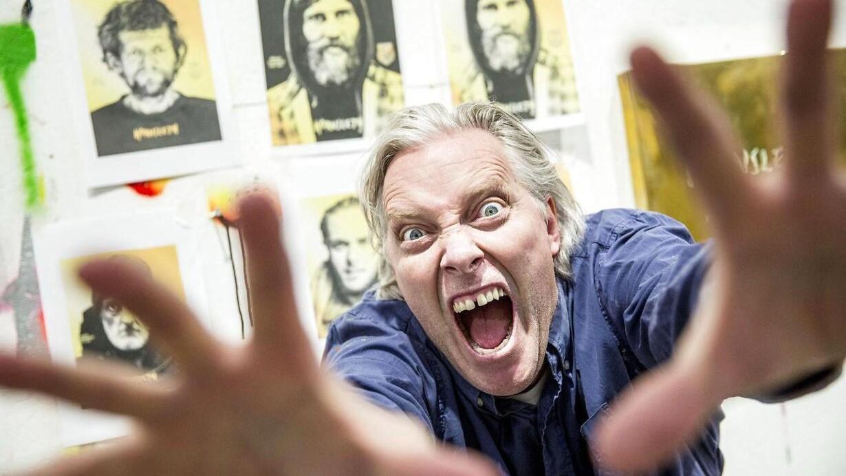 00b21f25 Kristian von Hornsleth sælger hjemløse online: »De synes selv, at det er  rigtig sjovt«
