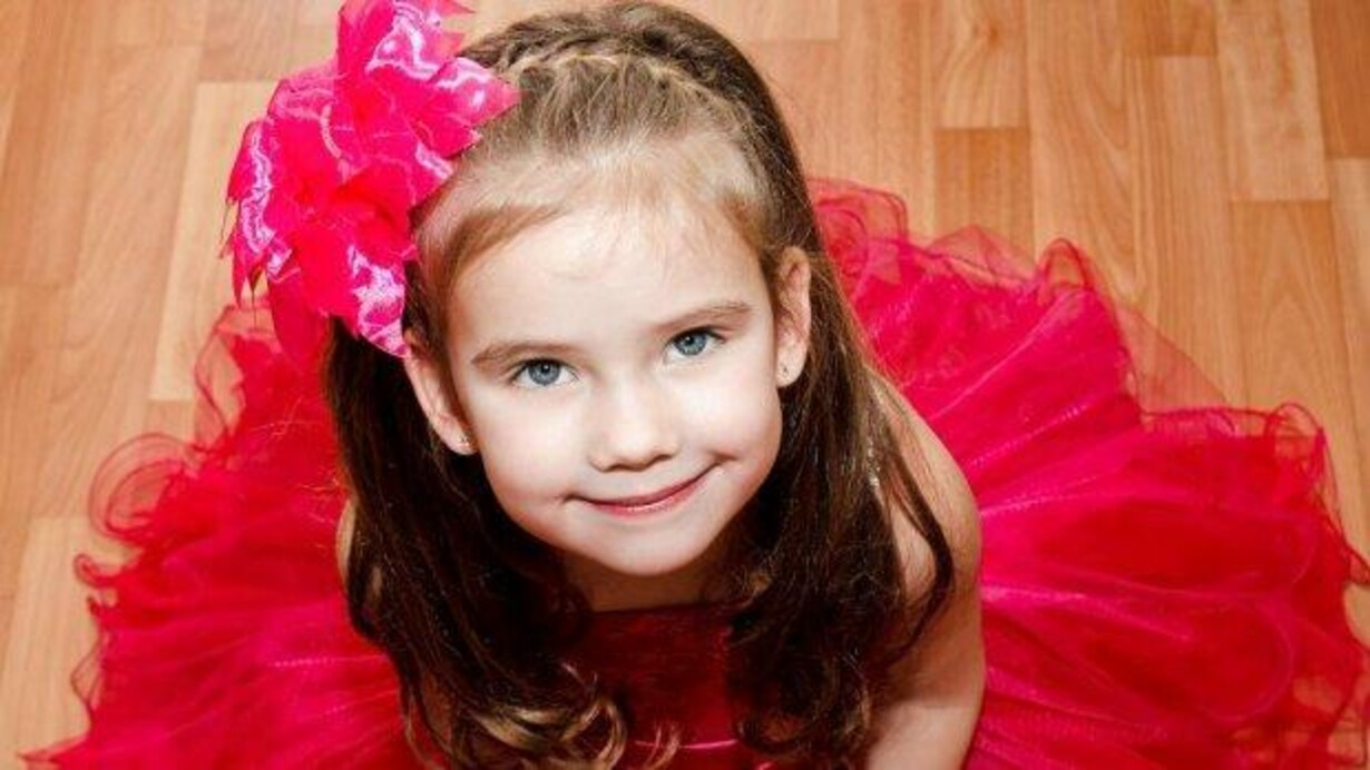 9b9da0b8e0a Eksperter efter heftig debat: Nej, du skader ikke din datter, når du ...