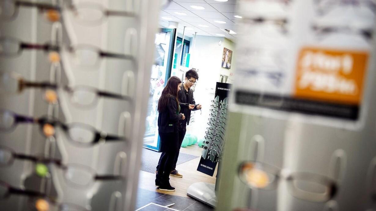38d67a851a8a Danmarks største brillekæder tvunget til handling