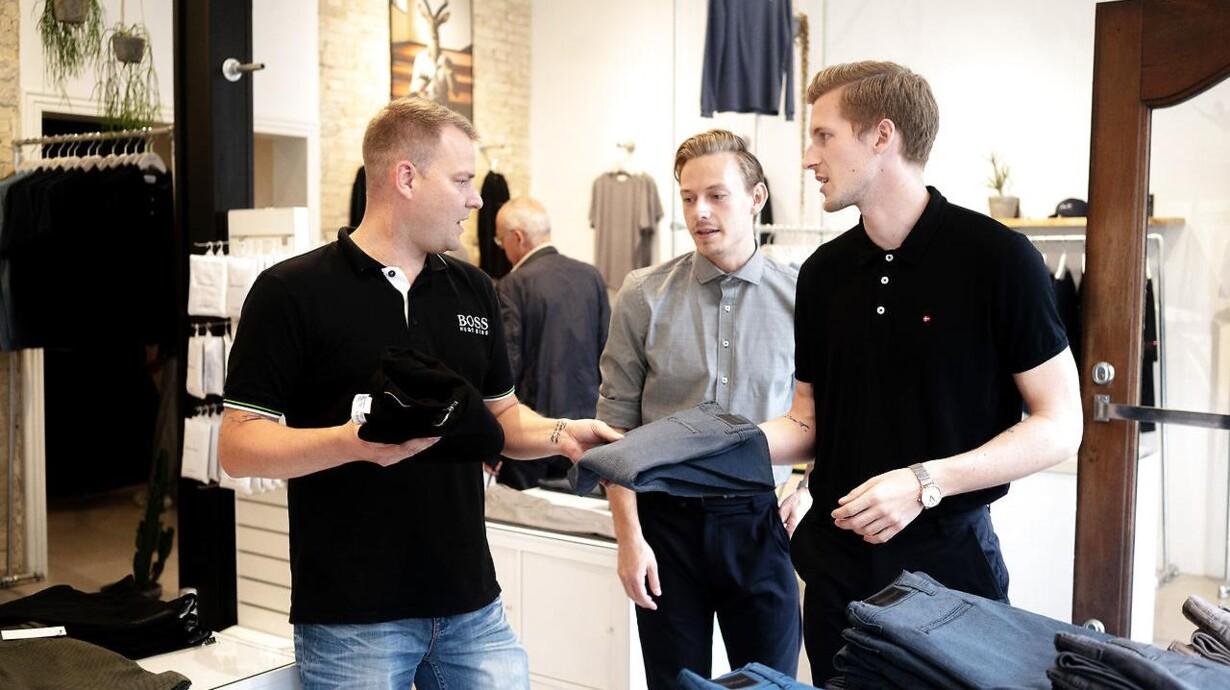 5ed7f2840c6 De tre iværksættere Kasper Ulrich, Christoffer Bak og Christian Aachmann  åbnede butikken i Aalborg i 2015, fordi de gerne ville være tæt på kunderne.